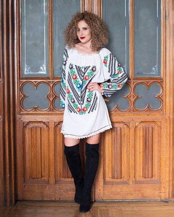 rochie-traditionala-romaneasca-bogatie-Anilu-3k